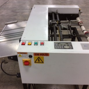 Autofeeds 2 sided laminator