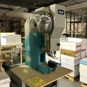 Sicom MG11-P Eyelet Machine