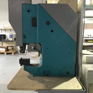 used sicom mg11-p eyelet machine
