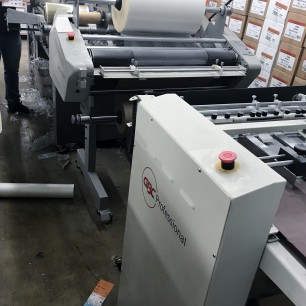 Best Graphics_GBC 1 Sided Film Laminator with Feeder