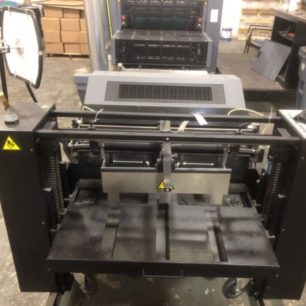 Best Graphics_Kompac Kwik Finish 32 Dual Spot and Flood Coater